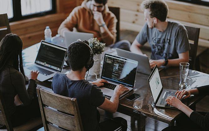 3 نکته طلایی برای تقویت انرژی برنامه نویسان در محل کار