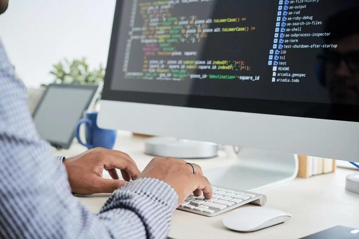 لاراول فریمورکی برای سرعت بخشیدن به کدنویسی