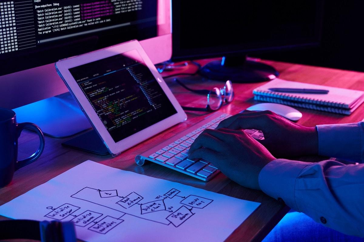 7 گام برای شروع یادگیری حرفهای برنامهنویسی لاراول